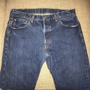 EUC Levi's Red Tag 501 Button Fly Jeans Size 34.
